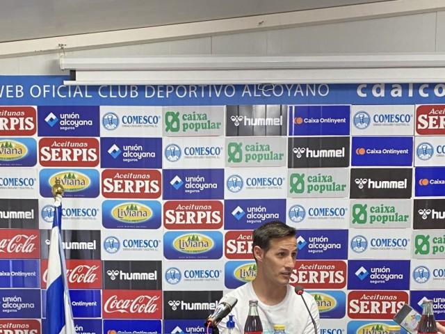 Navarro, jugador de l'Alcoyano