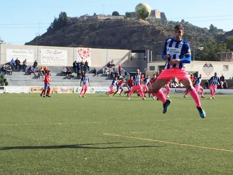 Un moment del partit que ha acabat amb 0  a 1 amb gol de Pau Franch