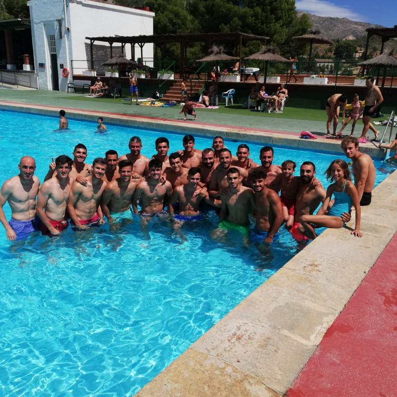 El Deportivo, a la piscina municipal /CDA