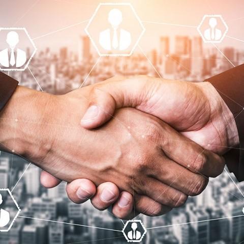 El costo de adquirir un nuevo cliente en los negocios en línea