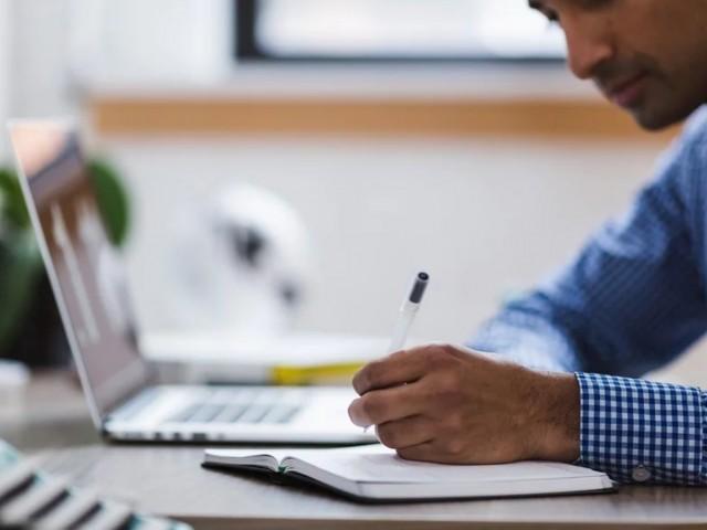 Todas las ventajas de prepararse unas oposiciones a Correos de forma online