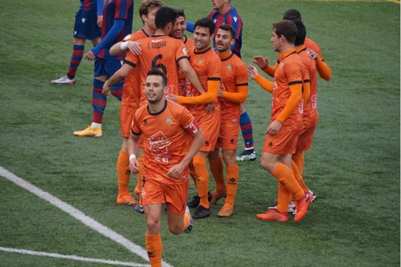 Alex Chico ha marcat el segon gol de l'Atzeneta. Foto: Paula Jarque