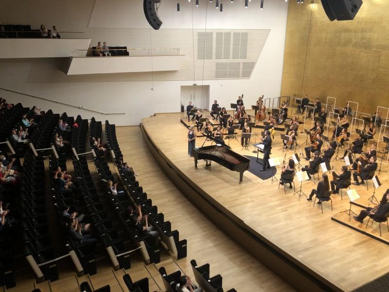 """L'alcoiana Marisa Blanes va interpretar el 'Concert per a piano núm. 5, Op. 73 """"Emperador""""'./ LV"""