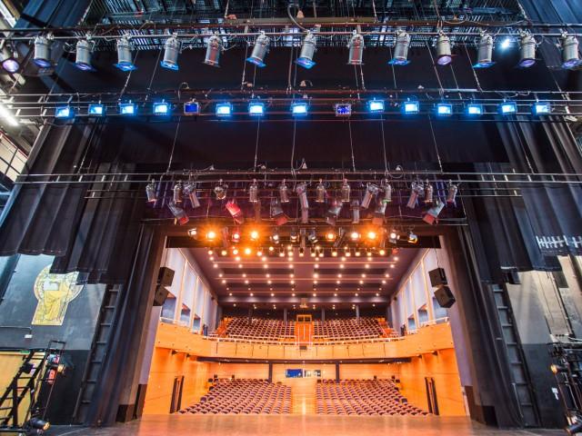 El Teatre Calderón d'Alcoi és l'espai públic de referència a la ciutat./ Arxiu