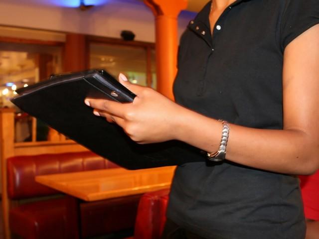 El sector serveis és en el qual més ha baixat l'atur durant el mes de novembre.