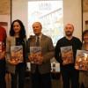 Pablo León (autor), Mireia Estepa (alcaldessa), Ramon Ferrer (AVL) i Jesús Huguet (il·lustrador)./ AM