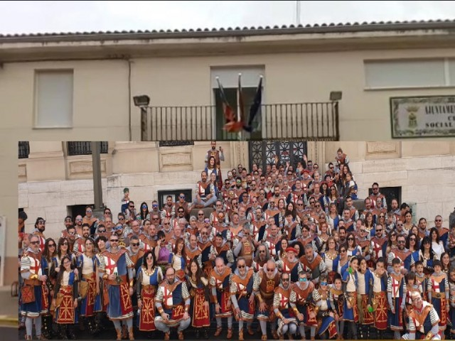 Muntatge de la filà Navarros 'virtualment' en Beniatjar