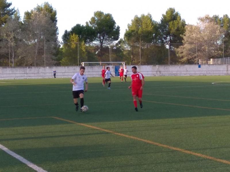 Un instant del partit entre Bocairent i Deportivo Ontinyent. Foto: Joan Andreu Martínez