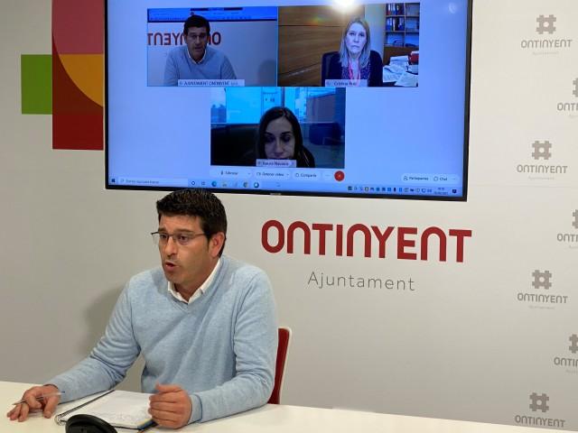 Rodríguez, en la videoconferència amb Navarro