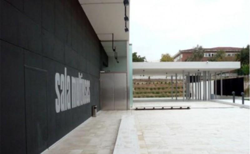 Una  espai públic reconvertit en una zona de rehabilitació
