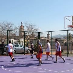 Torna el bàsquet als parcs d'Ontinyent