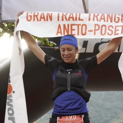 19 hores, 30 minuts i 51 segons van fer falta per veure a Ana Tust convertir-se en la guanyadora del Gran Trail Aneto-Posets (105 quilòmetres).