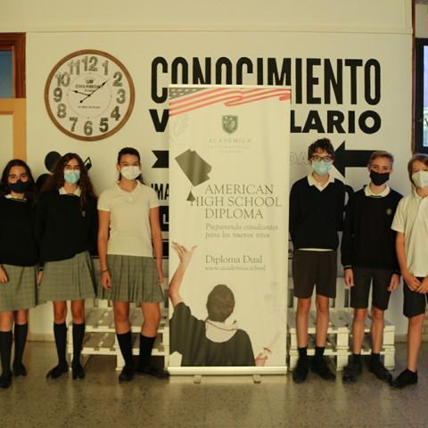 Alumnes del col·legi Pureza de Maria