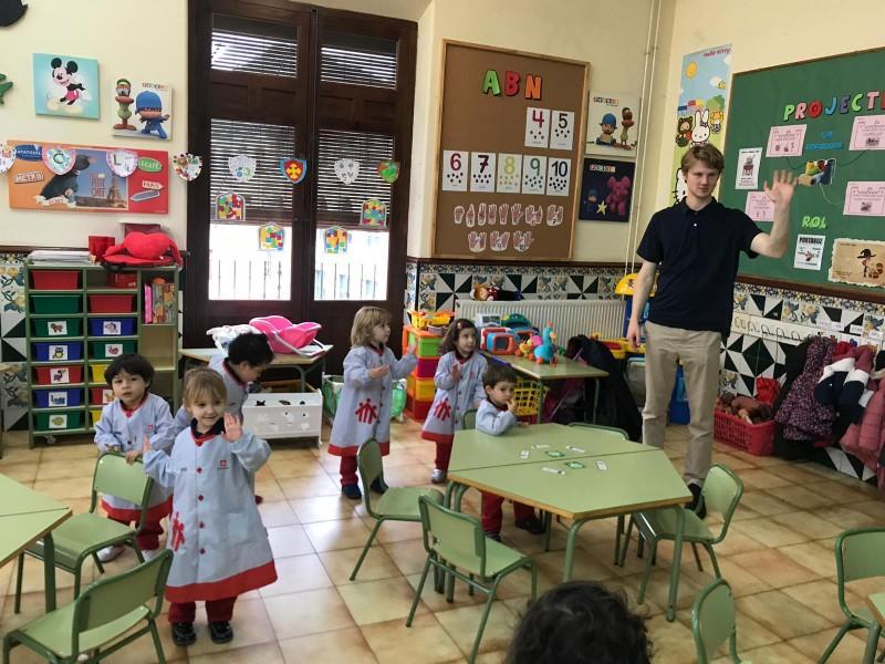 Rory, estudiant escocés a les aules del col·legi Salesians Sant Vicent Ferrer d'Alcoi