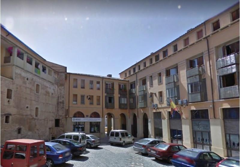 Placeta de les Xiques, indret on està ubicada la nova comissaria de policia.