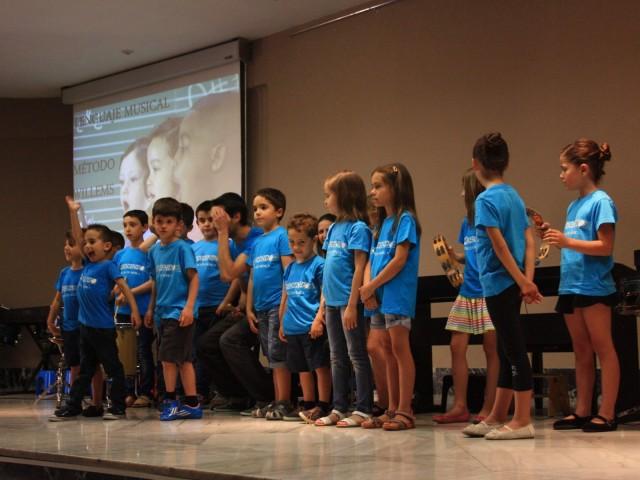 Comencen els concerts de nadal de Crescendo Escola amb la creació de la Beca Musical Rotary Club Alcoi Font Roja