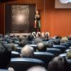 Elsa Punset a la sala de conferències de l'IVAM-CADA ALCOI