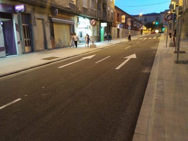 Obri el trànsit el primer tram del carrer Entença