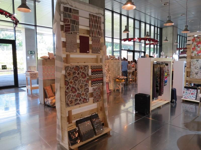 Expositors a les instal·lacions de la Caja Mágica