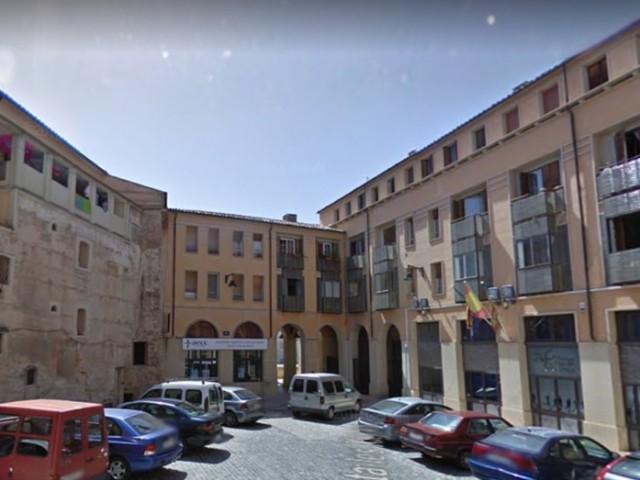 A la plaça de les Xiques estan ubicades 6 de les vivendes que eixiran en lloguer social per a joves/AM