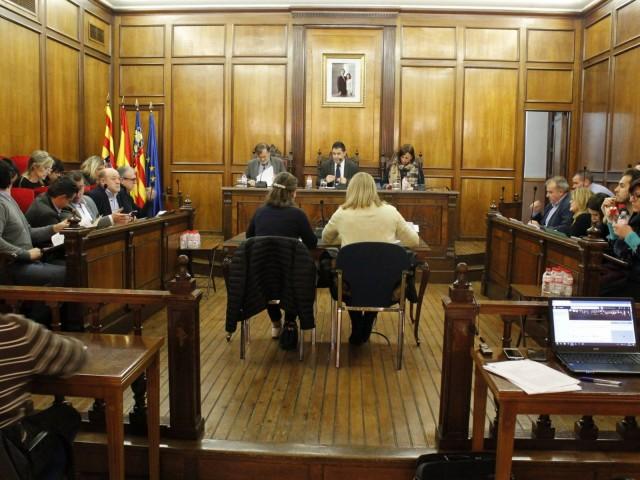 Ple municipal celebrat aquest 29 d'octubre, on ha sigut aprovada la moció dels populars