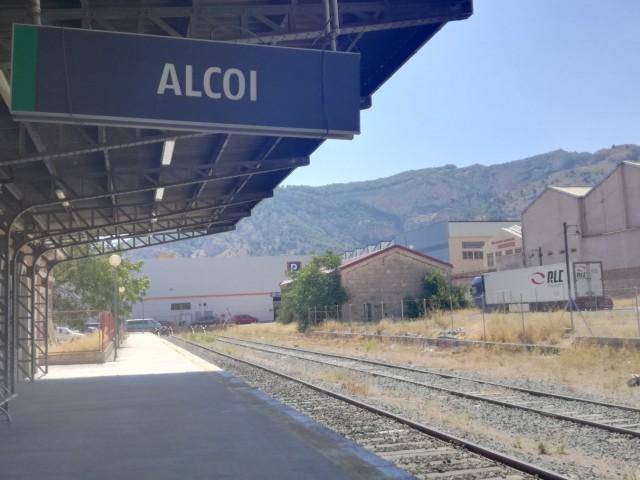 280.000 euros per asfaltar i urbanitzar els voltants de l'estació de RENFE