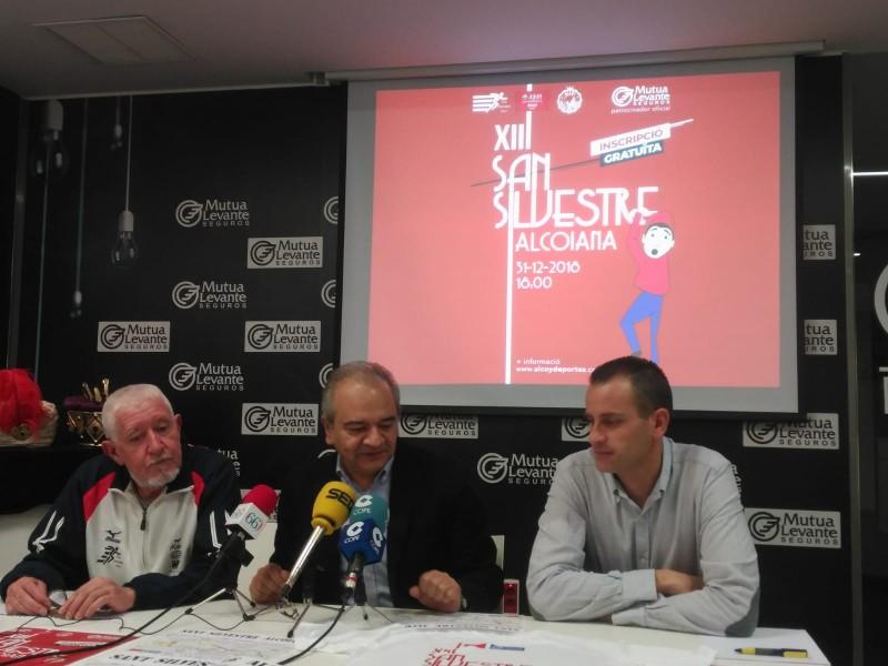 Moment de la presentació en les instal·lacions de la Fundació Mutua Levante.