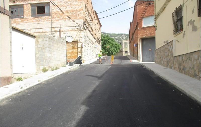 Asfaltat del carrer Montdúber/Ajuntament d'Alcoi