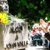Bust de Joan Valls a la placeta del Fossat / Tomàs Tàpia