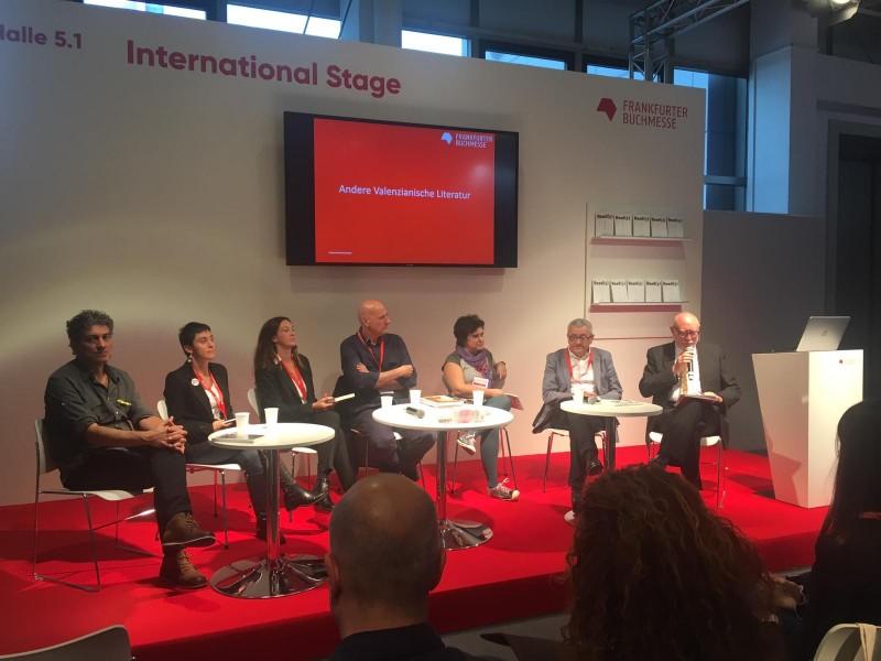 L'escriptor alcoià Jordi Peidro, en la taula redona sobre 'Altres literatures valencianes'