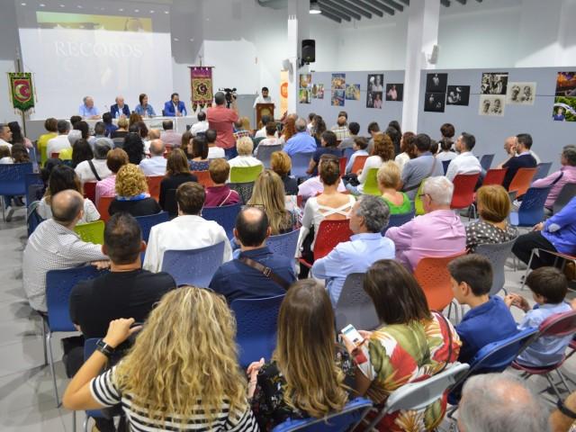 Multitudinari acte a Ágora / R. Lledó