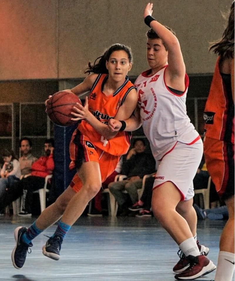 Marta Belenguer a un partit amb el València / Foto cedida per la familia