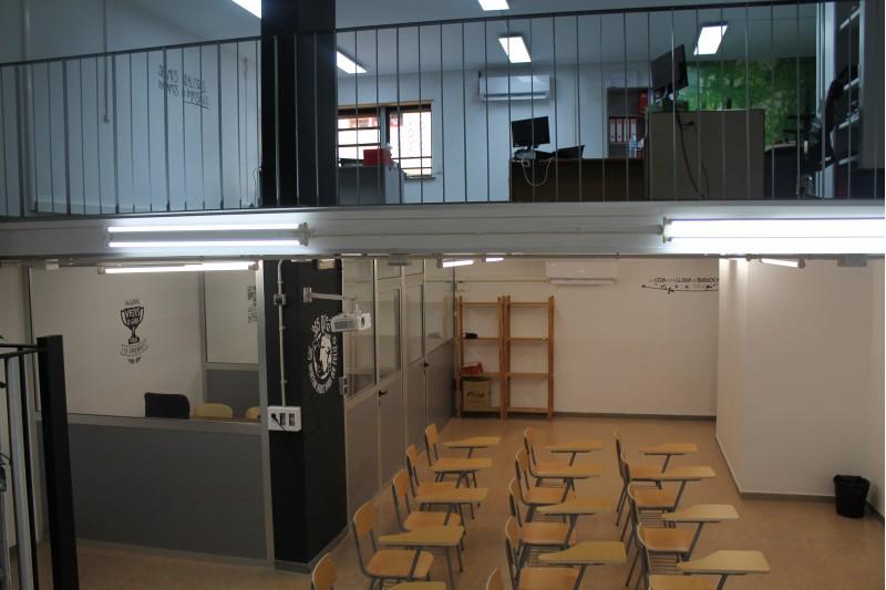 Oficines al Carrer Sant Domenech en el moment de la seua inauguració / Arxiu Ajuntament d'Alcoi
