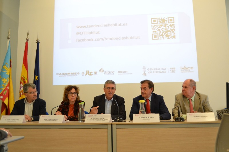 Roda de premsa amb membres de la Conselleria i dels Centres tecnològics de la Comunitat.