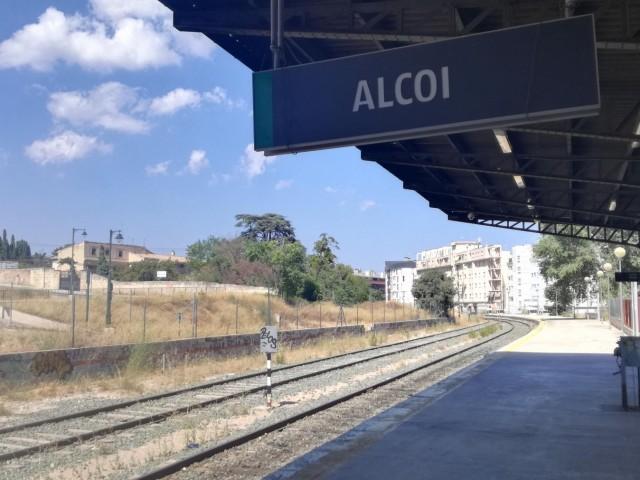 El Ministeri de Foment invertirà 20 milions d'euros en el tren Alcoi - Xàtiva
