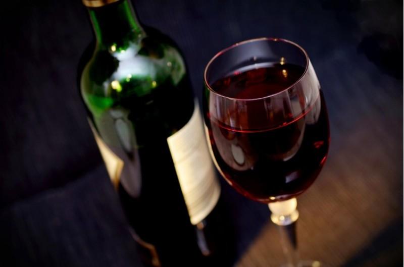 A agost es podrà tindre vi blanc de l'any, de la recuperada antiga i popular varietat de les plantes sanes de 'Verdilet de Muro'