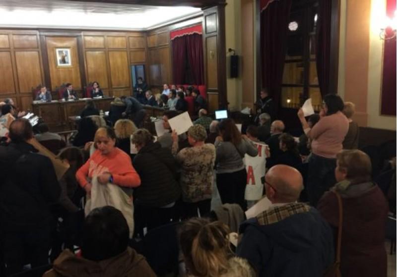 Multitudinari plenari / R. Lledó