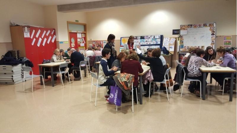 Alcoi acollirà tallers d'activitats intergeneracionals, perquè major i joves tinguen l'oportunitat de compartir coneixements i experiències / Ajuntament d'Alcoi