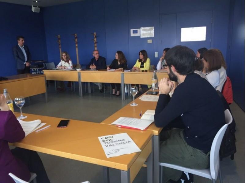 Alcoi triat per a col·laborar en la implantació del Codi Ètic a la Comunitat Valenciana / Ajunt. Alcoi