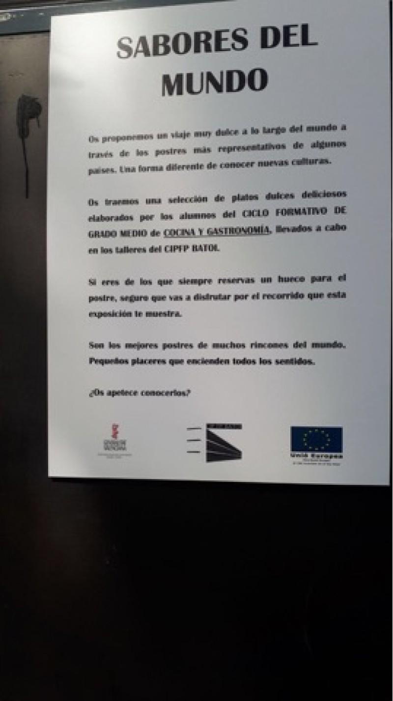 Alumnes del Cicle Formatiu de Grau Mitjà de Cuina exposen 'Sabores del mundo' al Centre Comercial d'Alcoi / Batoi