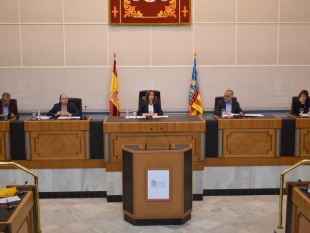 Plenari a la Diputació d'Alacant en el que s'ha aprovat el pressupost / Consorci