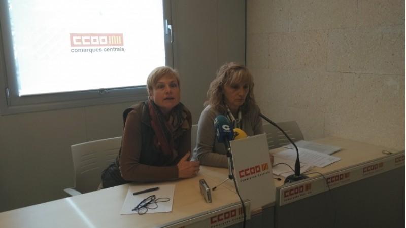 La portaveu de CCOO a les comarques centrals Manuela Pascual, i la responsable de sanitat Guadalupe Pavón/AM