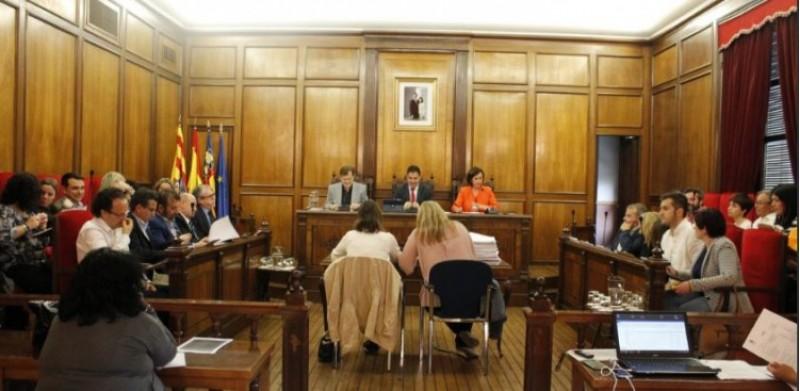 Plenari on el PP ha presentat la moció criticada per Compromís / Ajuntament d'Alcoi