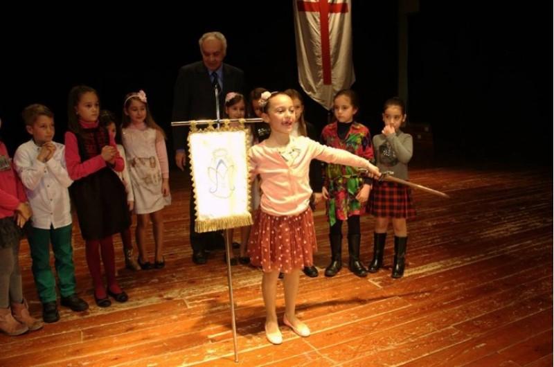 Elecció per al càrrec d''Angelet' per a les Festes de Moros i Cristians de Muro / ARA