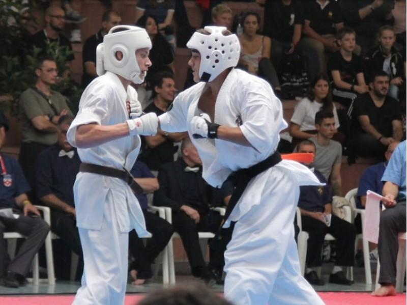 El murero Hugo Cruz subcampió d'Europa de karate / Vila de Muro