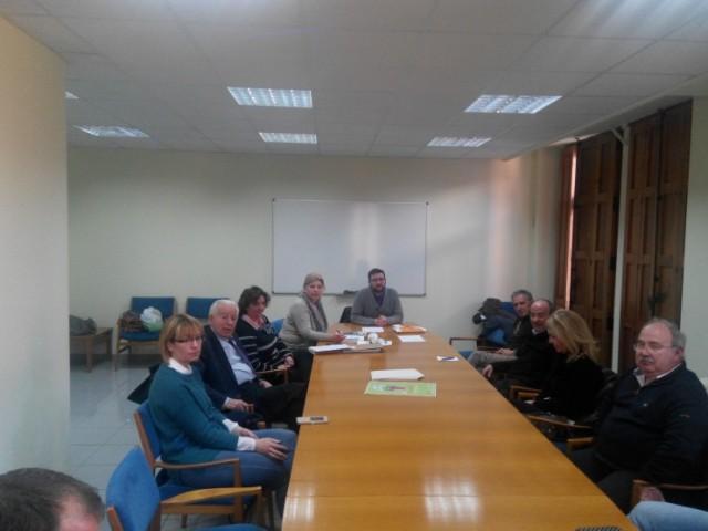 Reunió d'AlCentro amb diversos membres d'associacions i entitats d'Alcoi que donen suport a les reivinidcacions
