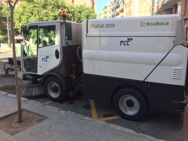 Vehicle que ja circula per Alcoi / R. Lledó