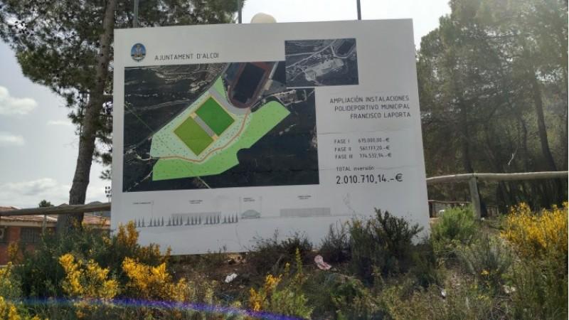 El cartell que anuncia les fases de construcció/AM