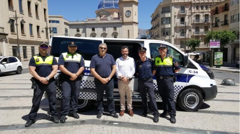 Presentació del vehicle / Ajuntament d'Alcoi