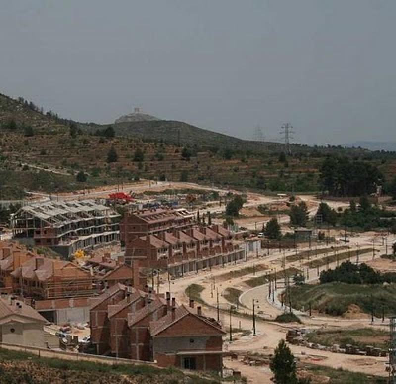 La urbanització a mig fer de Serelles, part de la trama dins el concurs de Luxender